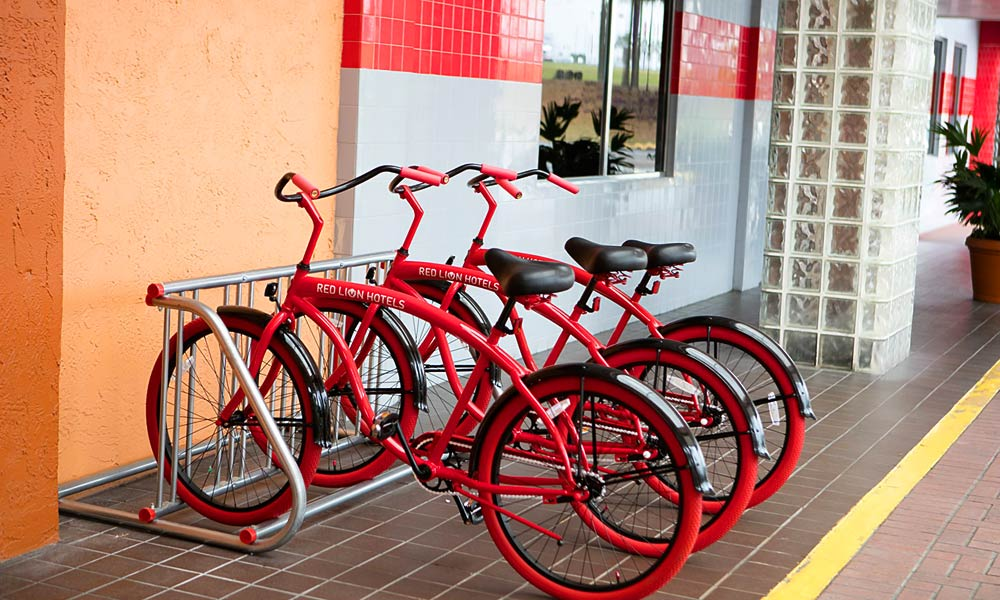 Red_Lion_Hotel_Orlando_KissimmeeMaingate_Bicycles_01