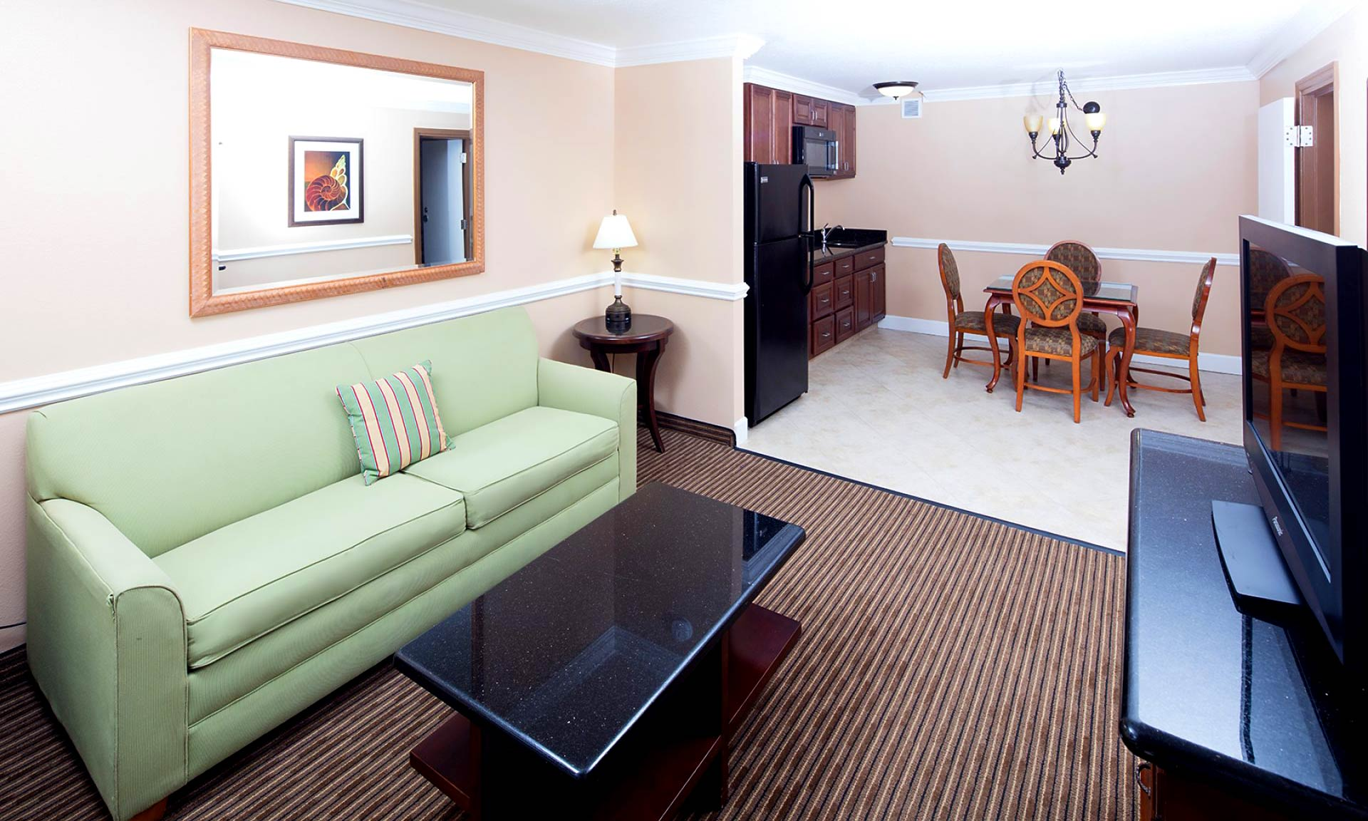 Red_Lion_Hotel_Orlando_KissimmeeMaingate_Guestroom_04