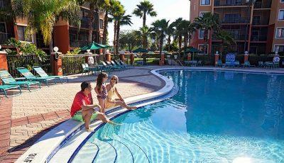 WG-Lakes-pool-900x600px