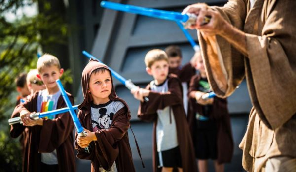 Star Tours®-Jedi Training ©Disney/Lucasfilm Ltd. © & TM Lucasfilm Ltd.