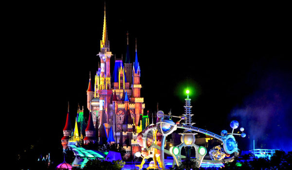 Disney_gallery_magic_kingdom_future