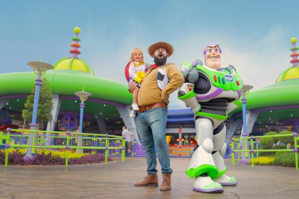 disney_toy_story_buzz_dad_kid_1600px