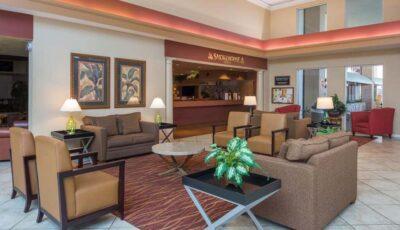 Hotel Ramada Gateway: Lobby Lounge